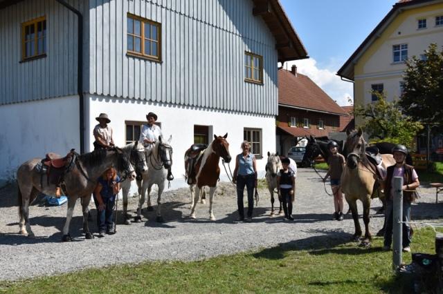 http://www.reitergruppe-roethenbach.de/media/Vereinsturnier_September_2019/Vereinsturnier_HP_(1).JPG